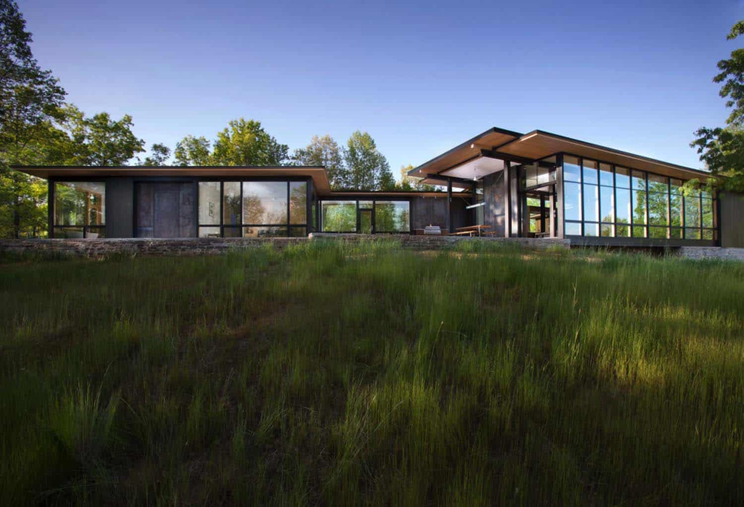 modern-lake-house-carlton-edwards-16-1-kindesign
