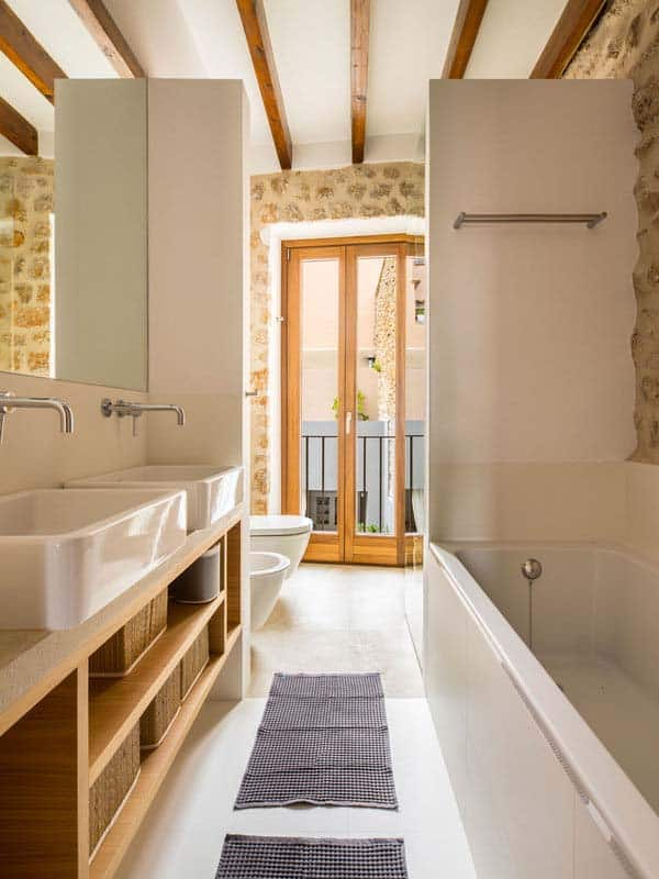 modern-townhouse-renovation-spain-16-1-kindesign