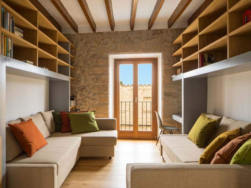 modern-townhouse-renovation-spain-20-1-kindesign
