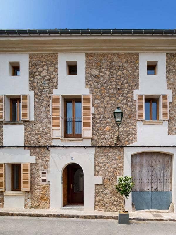 modern-townhouse-renovation-spain-21-1-kindesign