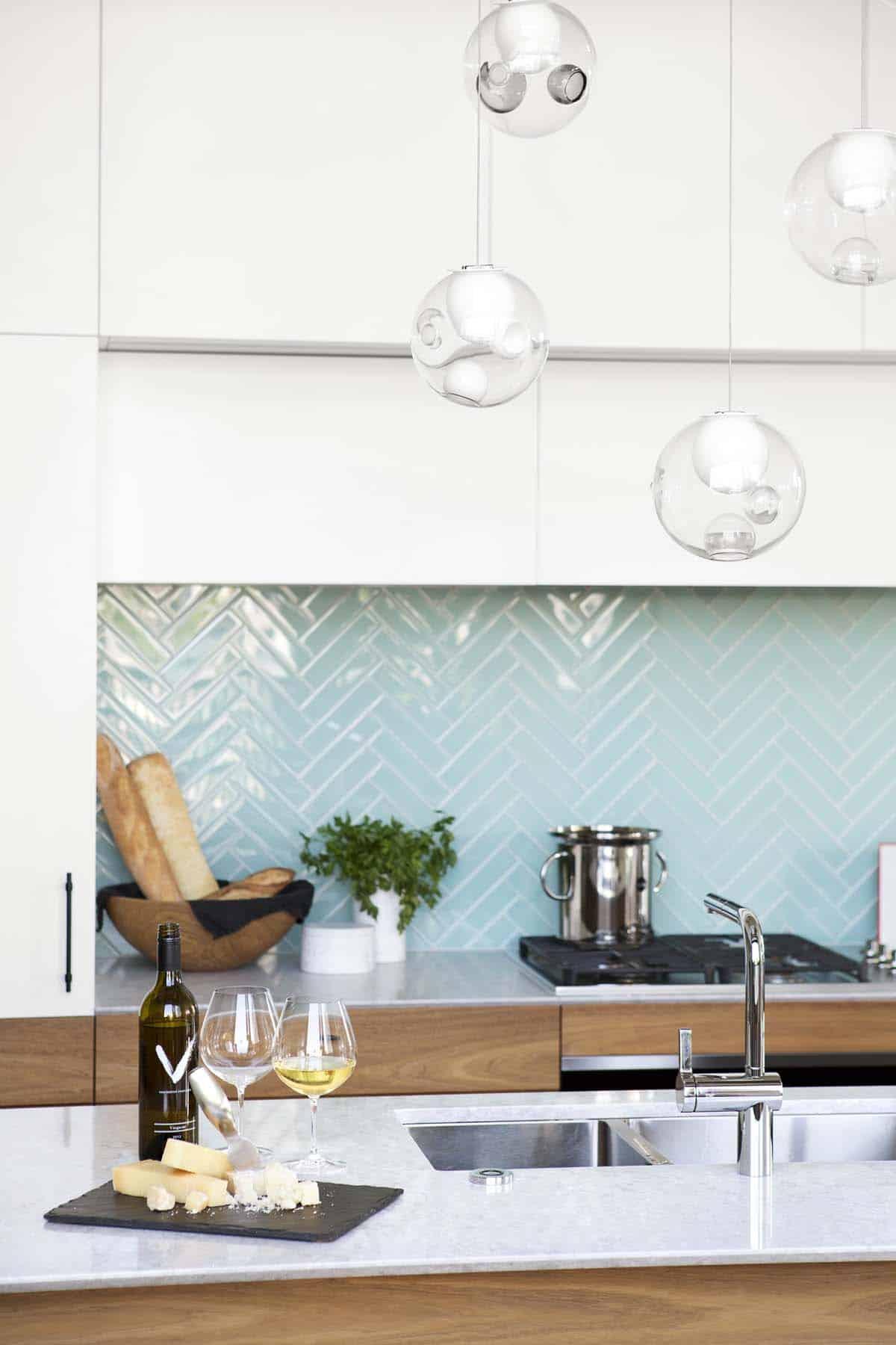 modern-vancouver-loft-falken-reynolds-interiors-03-1-kindesign