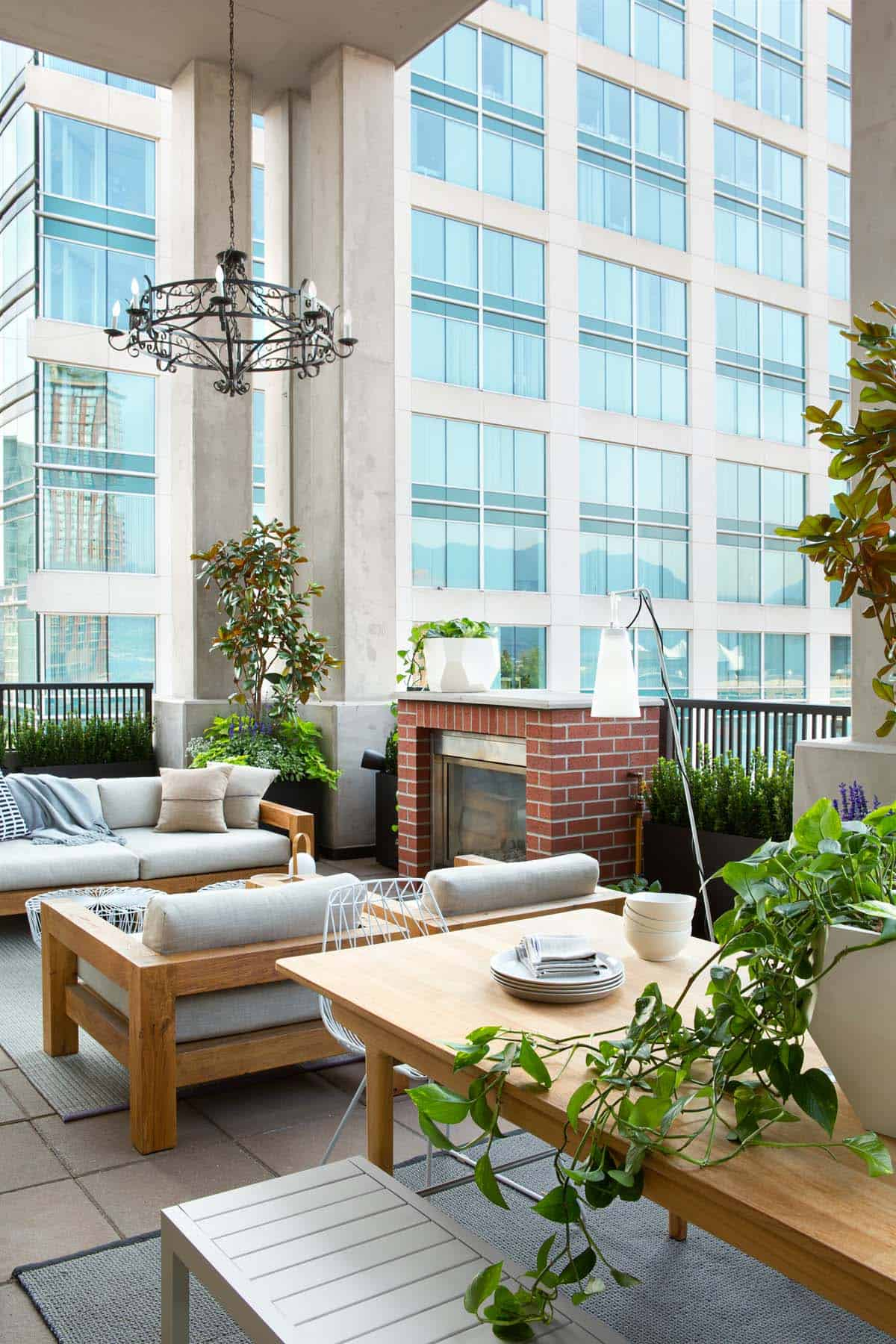 modern-vancouver-loft-falken-reynolds-interiors-30-1-kindesign
