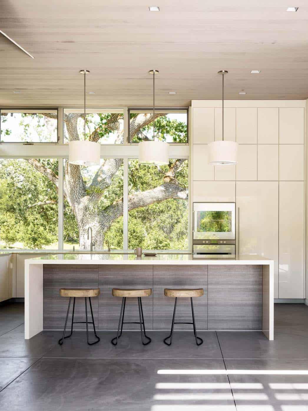 modernized-ranch-home-feldman-architecture-05-1-kindesign
