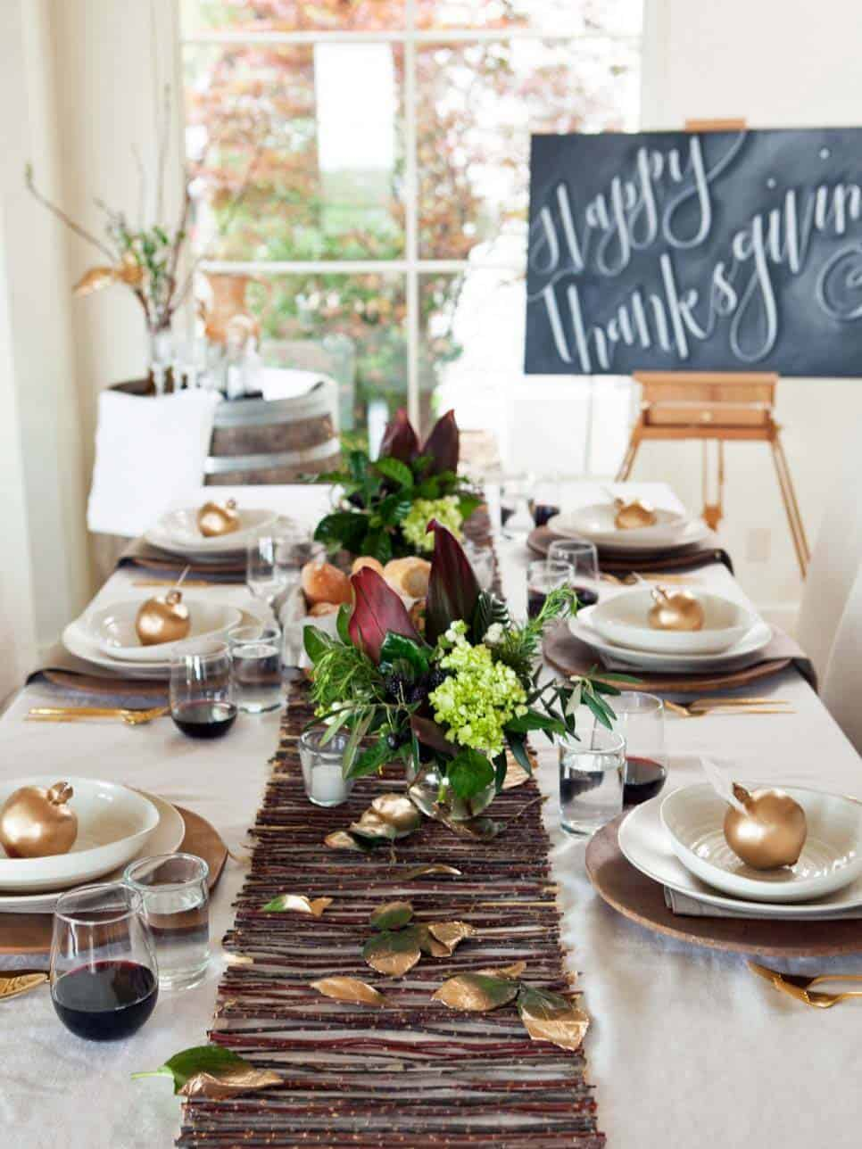 natural-thanksgiving-table-decorating-ideas-10-1-kindesign