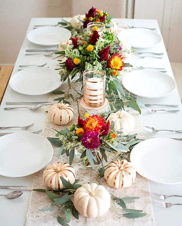 Thanksgiving Table Decorating: 20+ Thanksgiving Tablescape Decorating Ideas With Natural