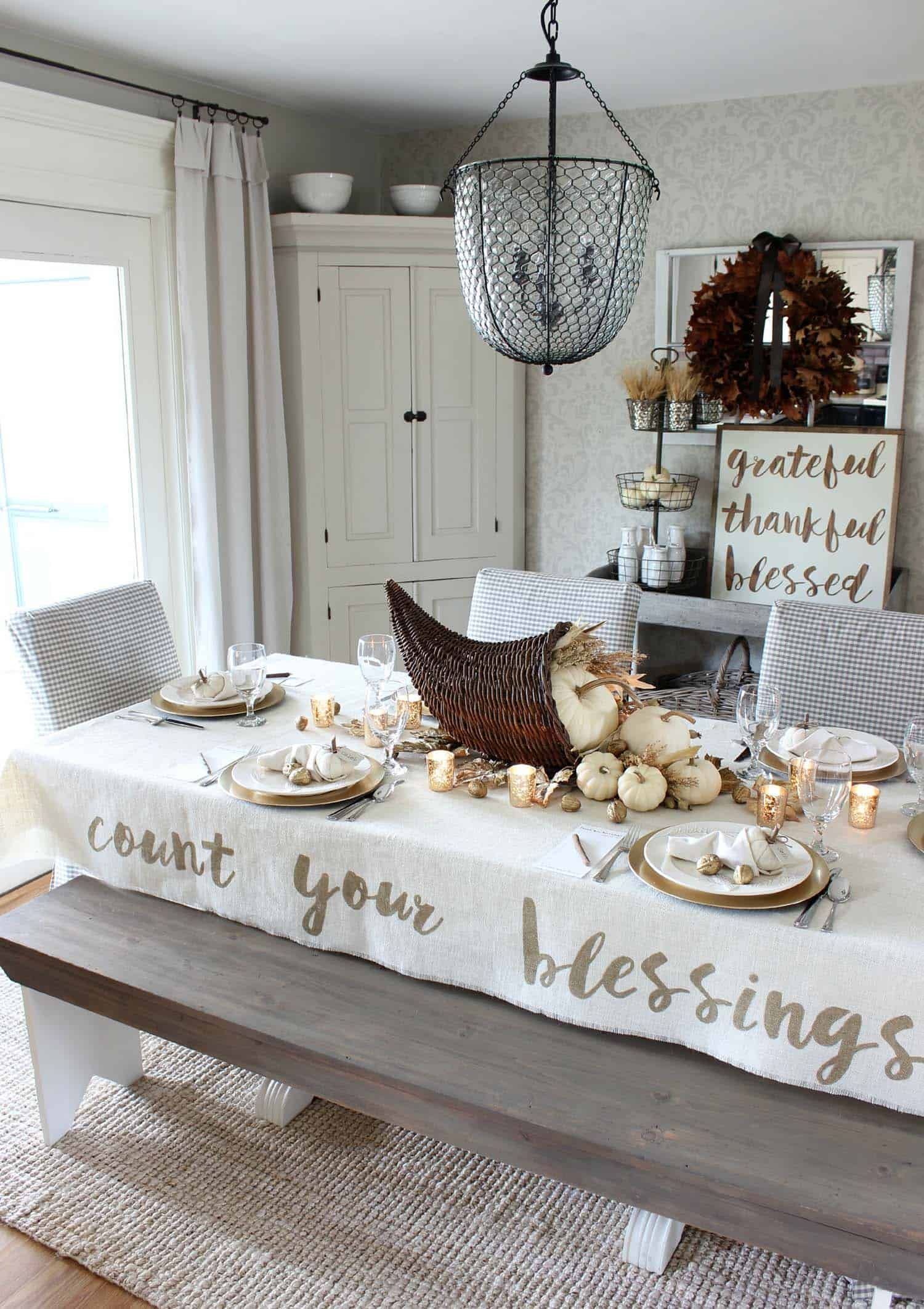 natural-thanksgiving-table-decorating-ideas-21-1-kindesign