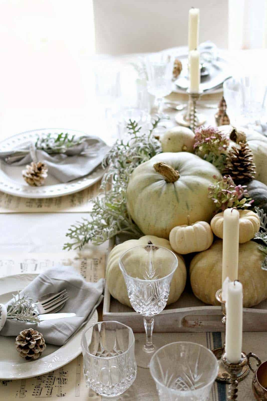 natural-thanksgiving-table-decorating-ideas-22-1-kindesign