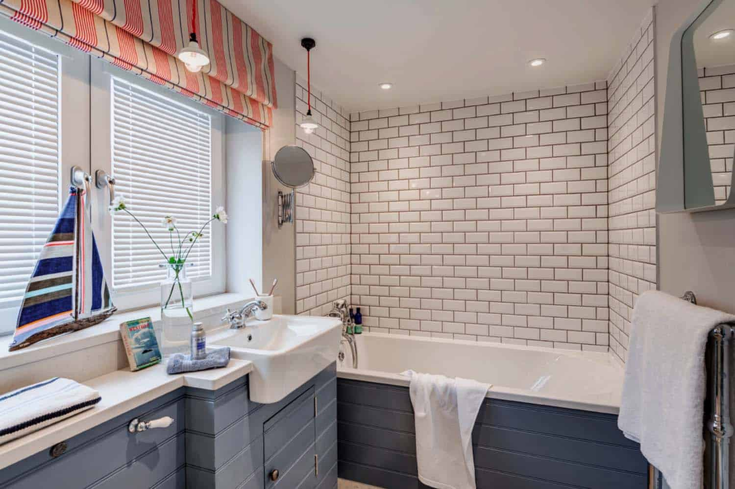 seaside-bungalow-renovation-woodford-architecture-12-1-kindesign