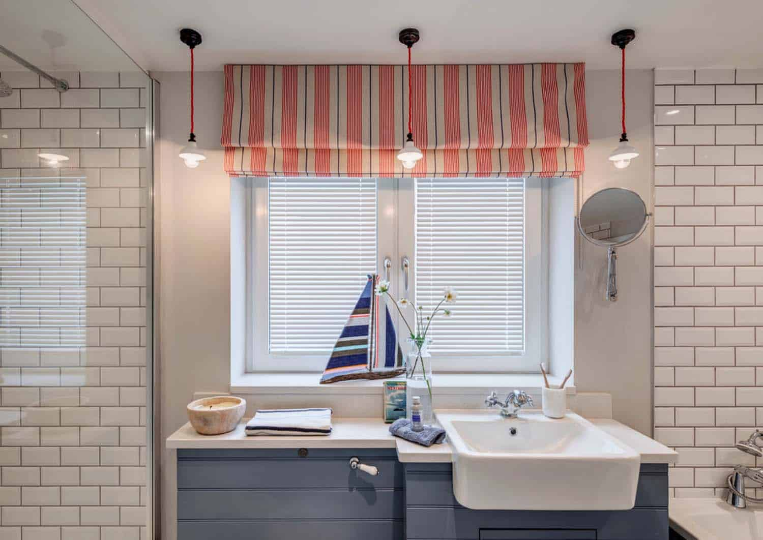 seaside-bungalow-renovation-woodford-architecture-13-1-kindesign