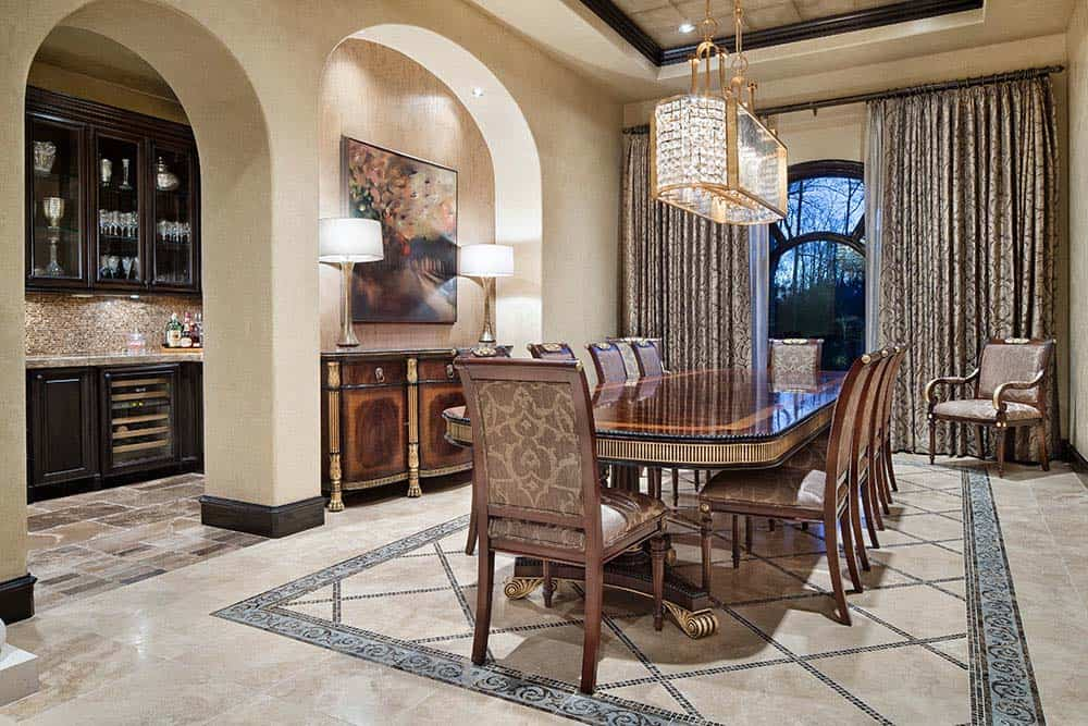 tuscan-transitional-home-jauregui-architecture-17-1-kindesign
