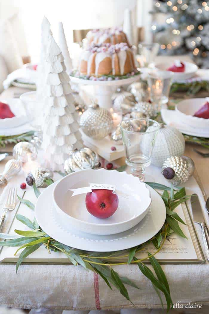 christmas-table-decorations-11-1-kindesign