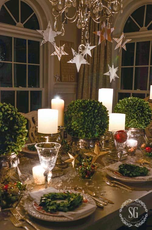 christmas table decorations 25 1 kindesign - Green Christmas Table Decorations