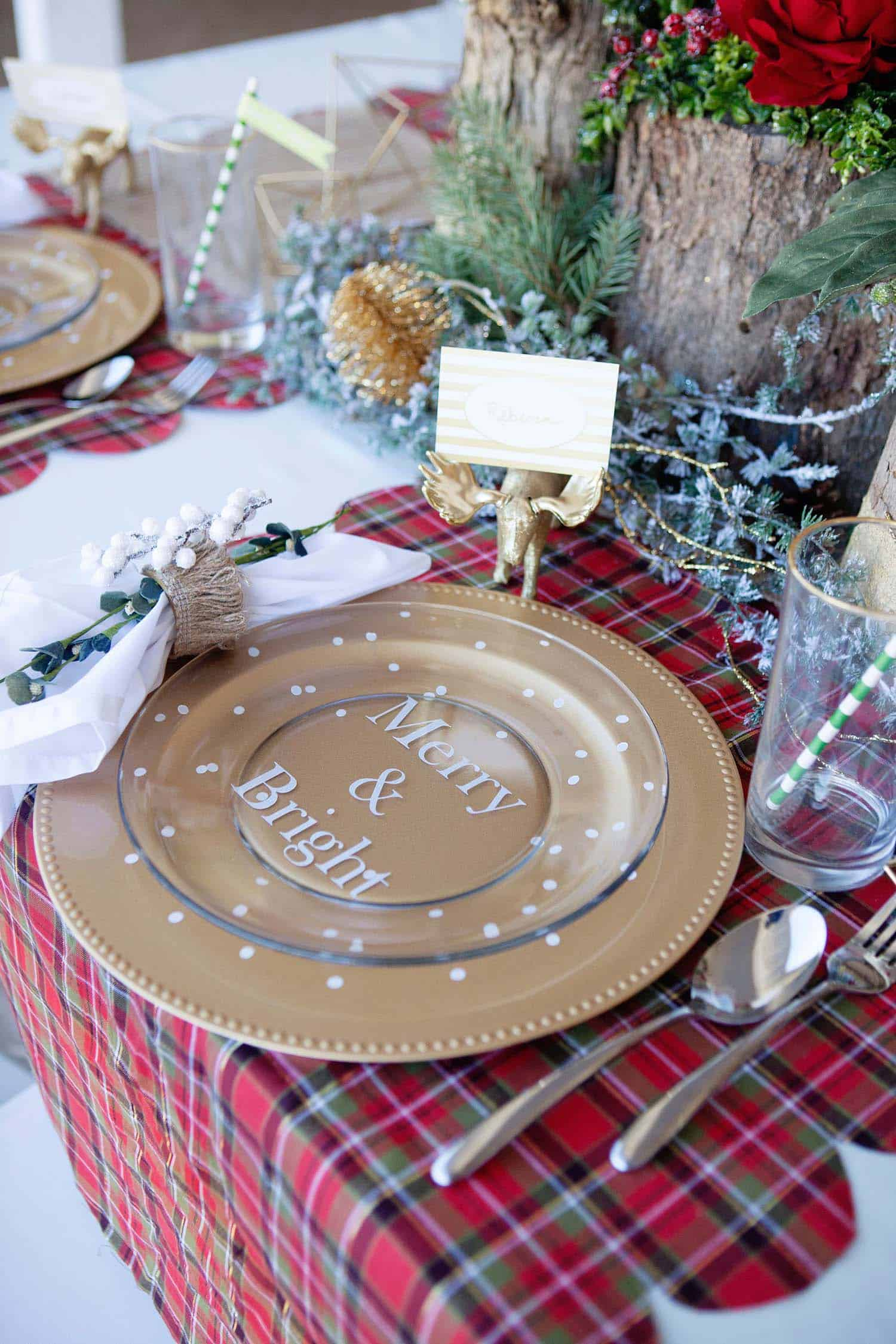 christmas-table-decorations-32-1-kindesign
