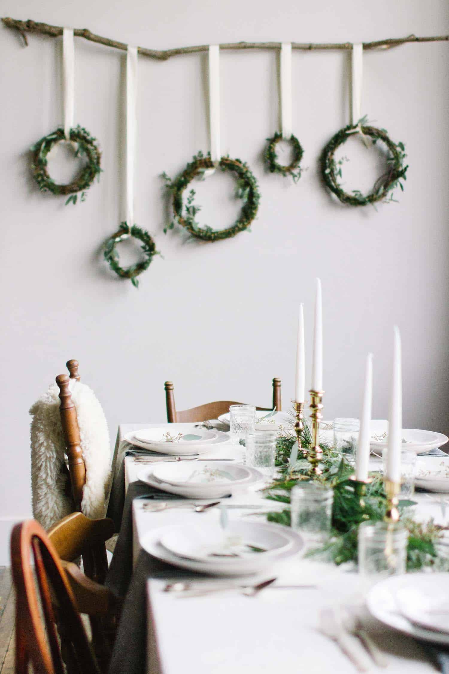 christmas-table-decorations-36-1-kindesign