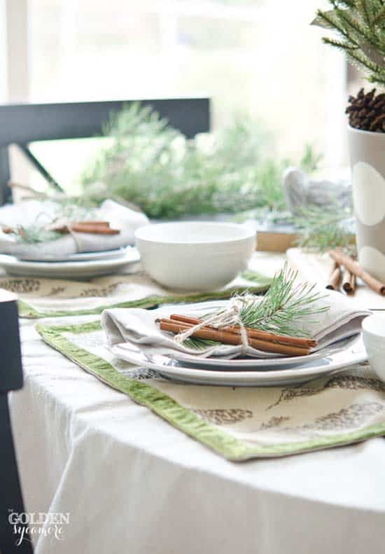 christmas-table-decorations-37-1-kindesign
