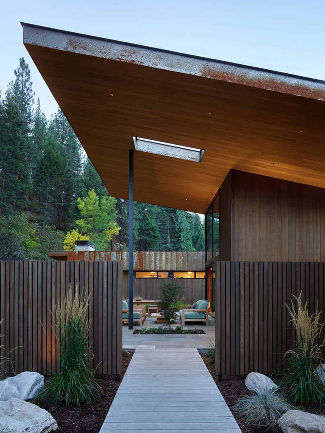contemporary-mountain-residence-carney-logan-burke-architects-04-1-kindesign