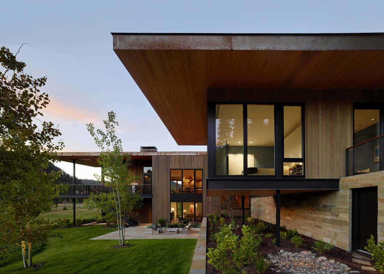 contemporary-mountain-residence-carney-logan-burke-architects-07-1-kindesign