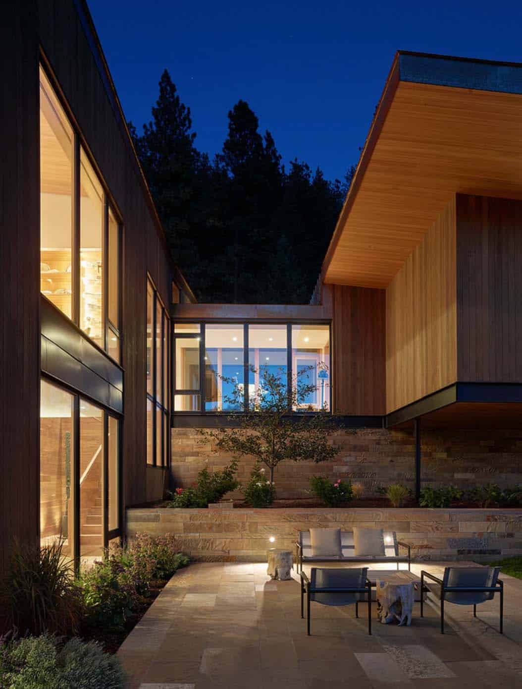 contemporary-mountain-residence-carney-logan-burke-architects-15-1-kindesign