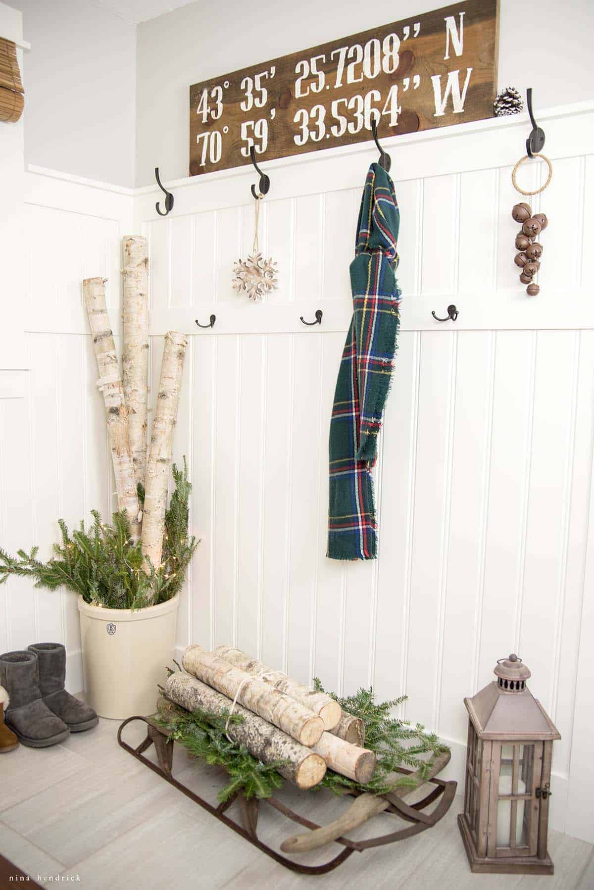 cozy-christmas-decorated-homes-26-1-kindesign