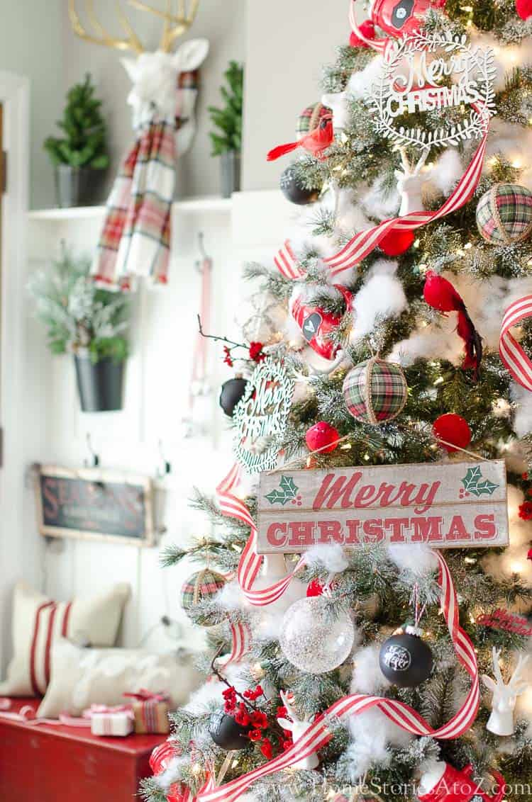 cozy-christmas-decorated-homes-31-1-kindesign