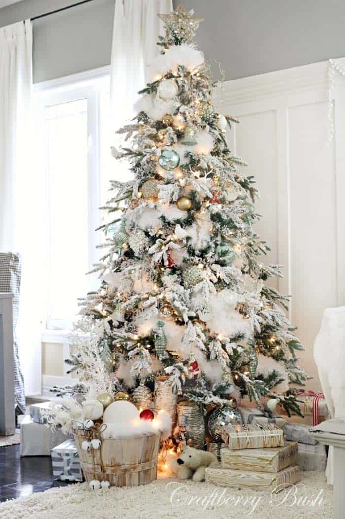 cozy-christmas-decorated-homes-34-1-kindesign