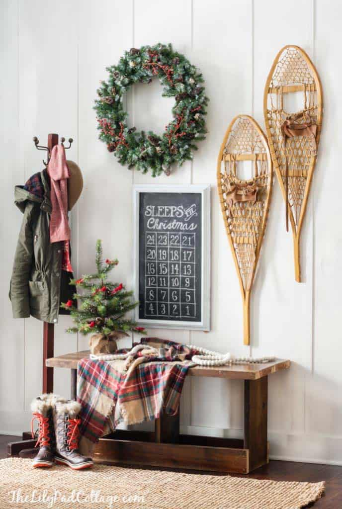 cozy-christmas-decorated-homes-38-1-kindesign