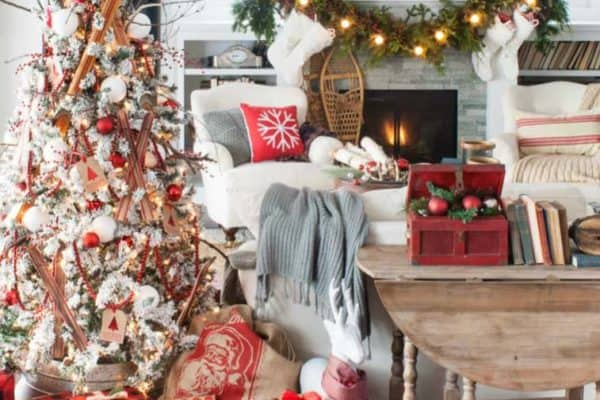 featured posts image for 40+ Cozy and cheerful homes decorated for a snowy Christmas