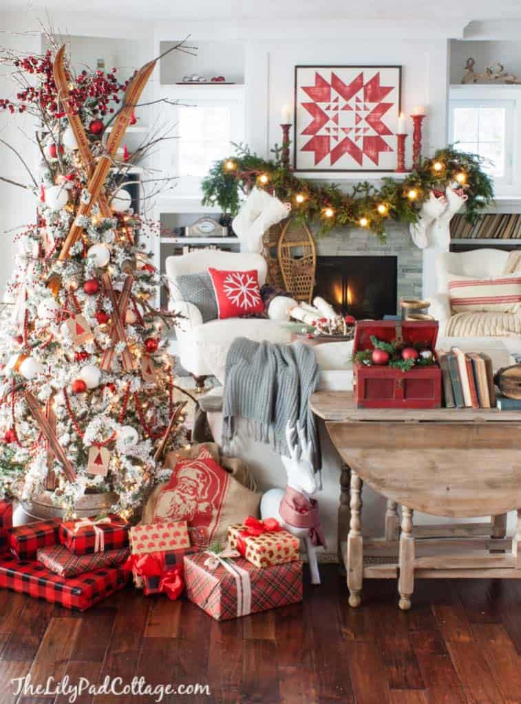 Cozy Christmas Decorated Homes 39 1 Kindesign