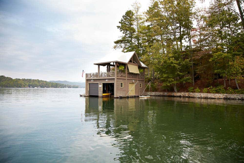 cozy-lake-house-pritchett-dixon-11-1-kindesign