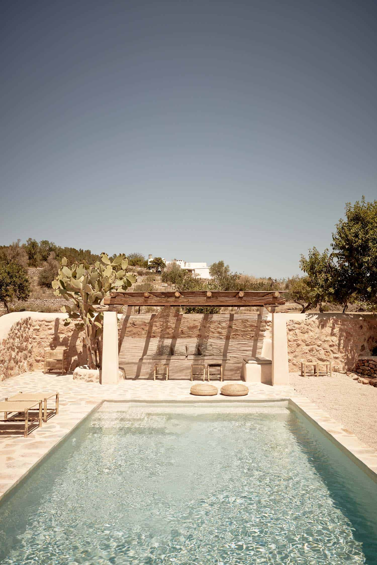 ibiza-holiday-house-annabell-kutucu-17-1-kindesign
