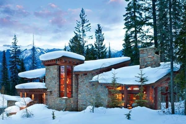 featured posts image for Rugged mountain ski retreat in the Canadian Rockies