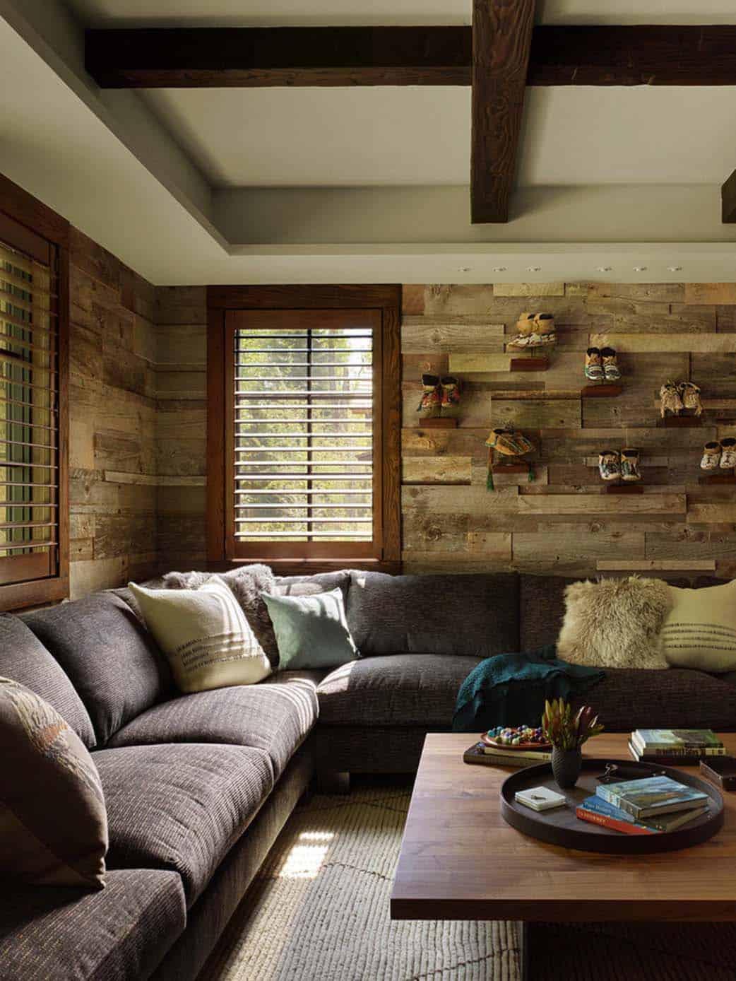modern-rustic-mountain-retreat-carney-logan-burke-architects-06-1-kindesign