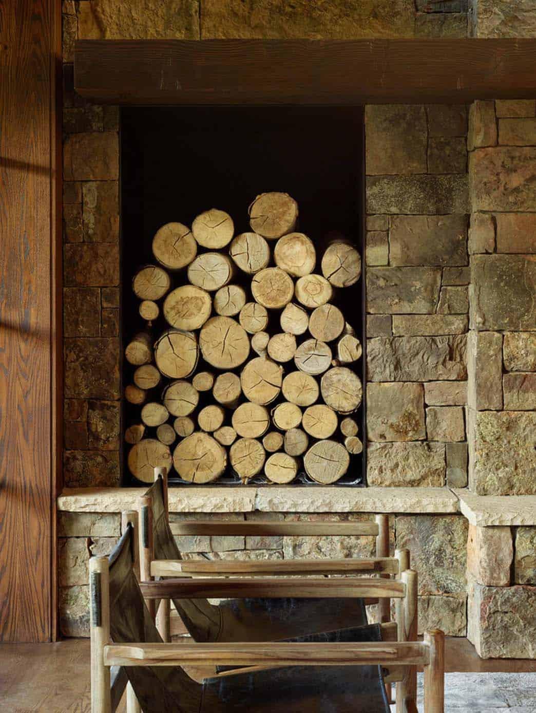modern-rustic-mountain-retreat-carney-logan-burke-architects-07-1-kindesign