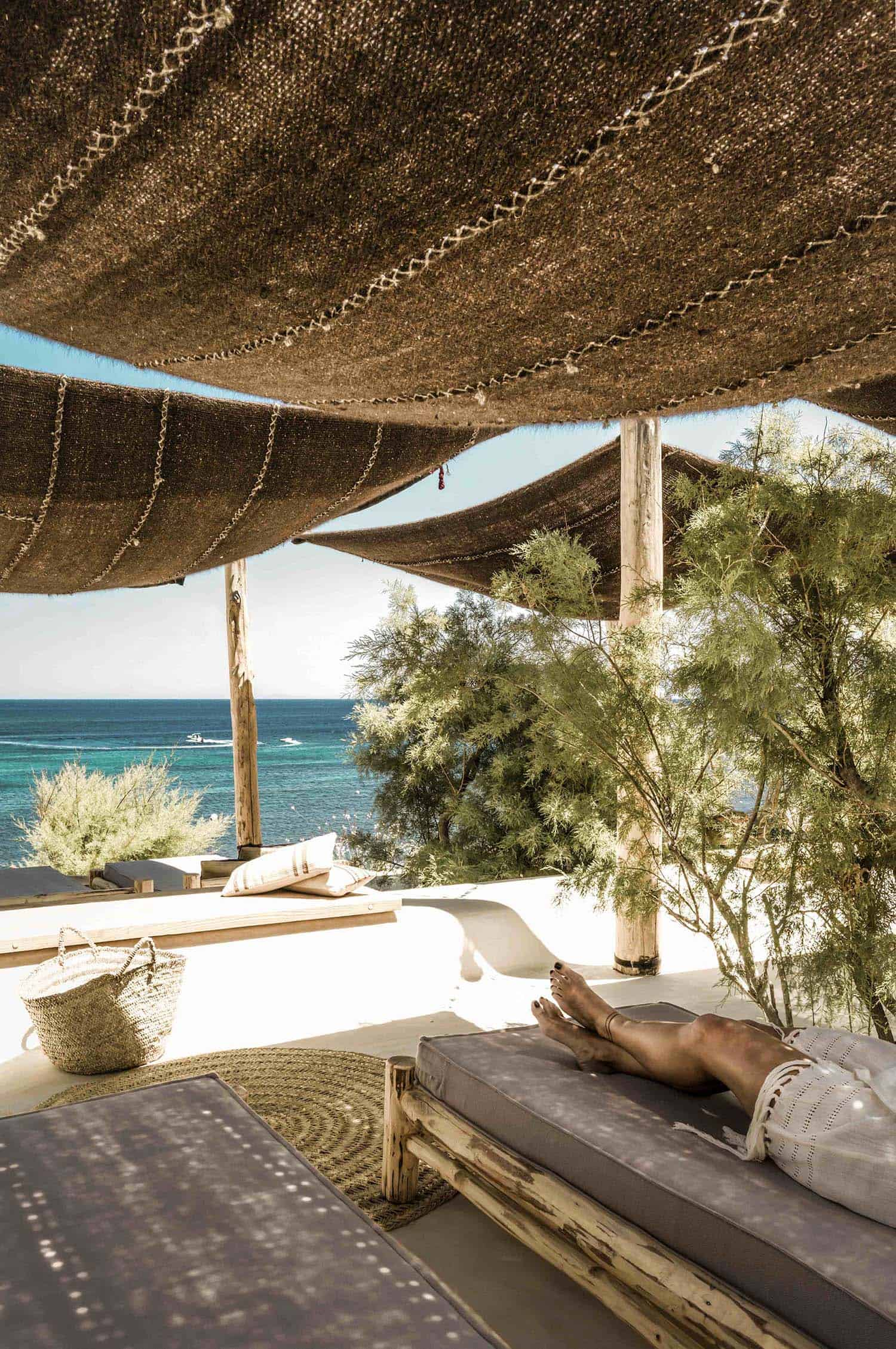 scorpios-mykonos-k-studio-architects-31-1-kindesign