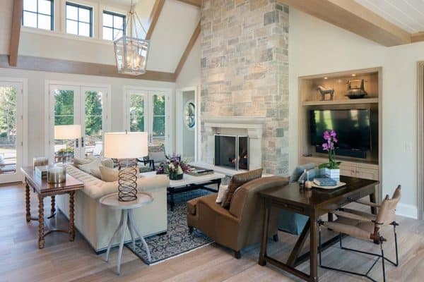 featured posts image for Warm and inviting shingle style family home in East Grand Rapids