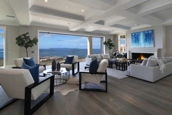 featured posts image for Southern California beach house with a fresh take on casual decor