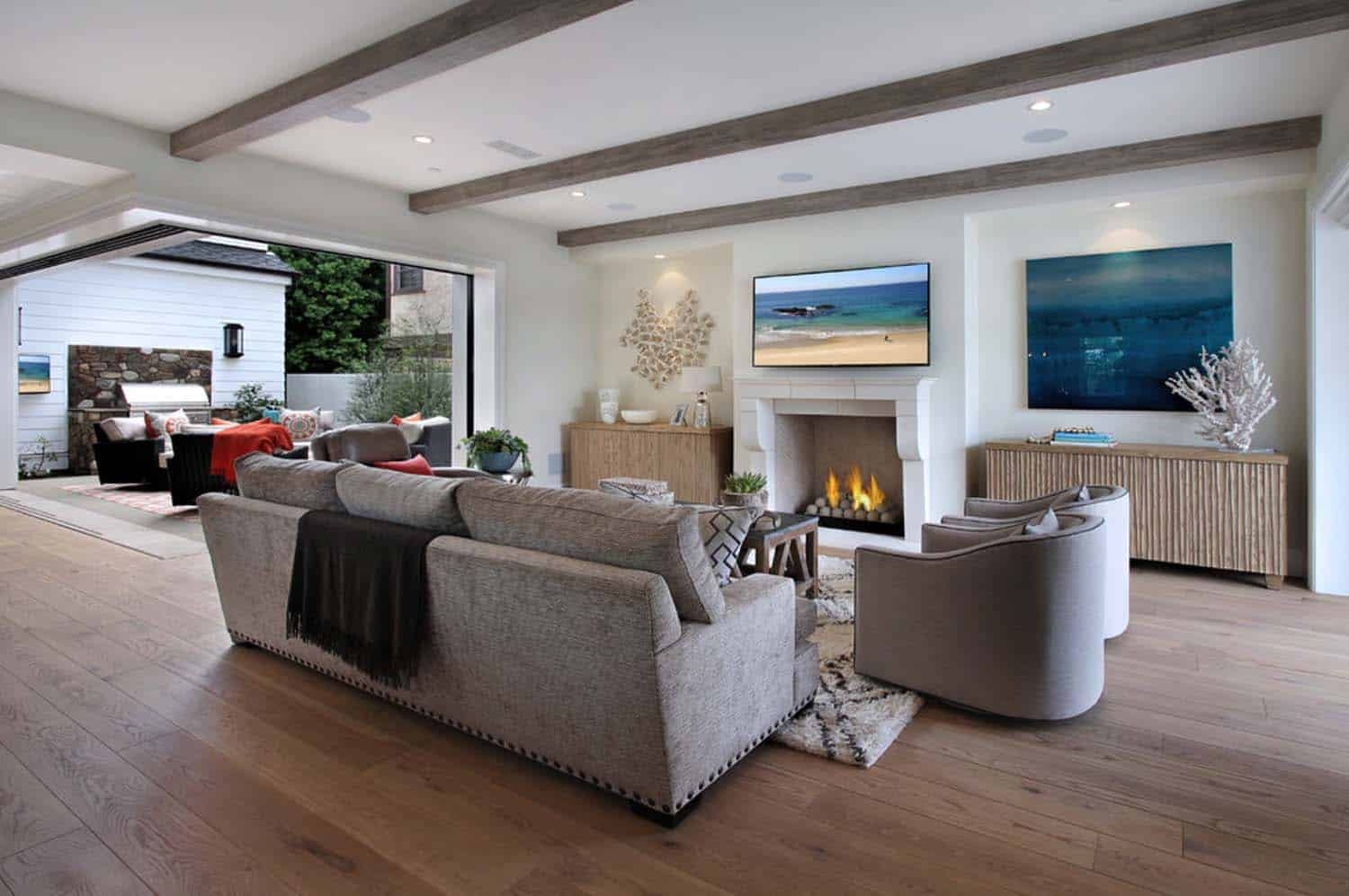 Beach Style Home-Patterson Custom Homes-02-1 Kindesign