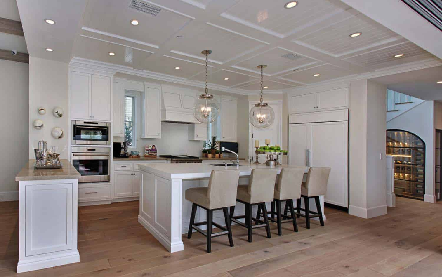 Beach Style Home-Patterson Custom Homes-04-1 Kindesign