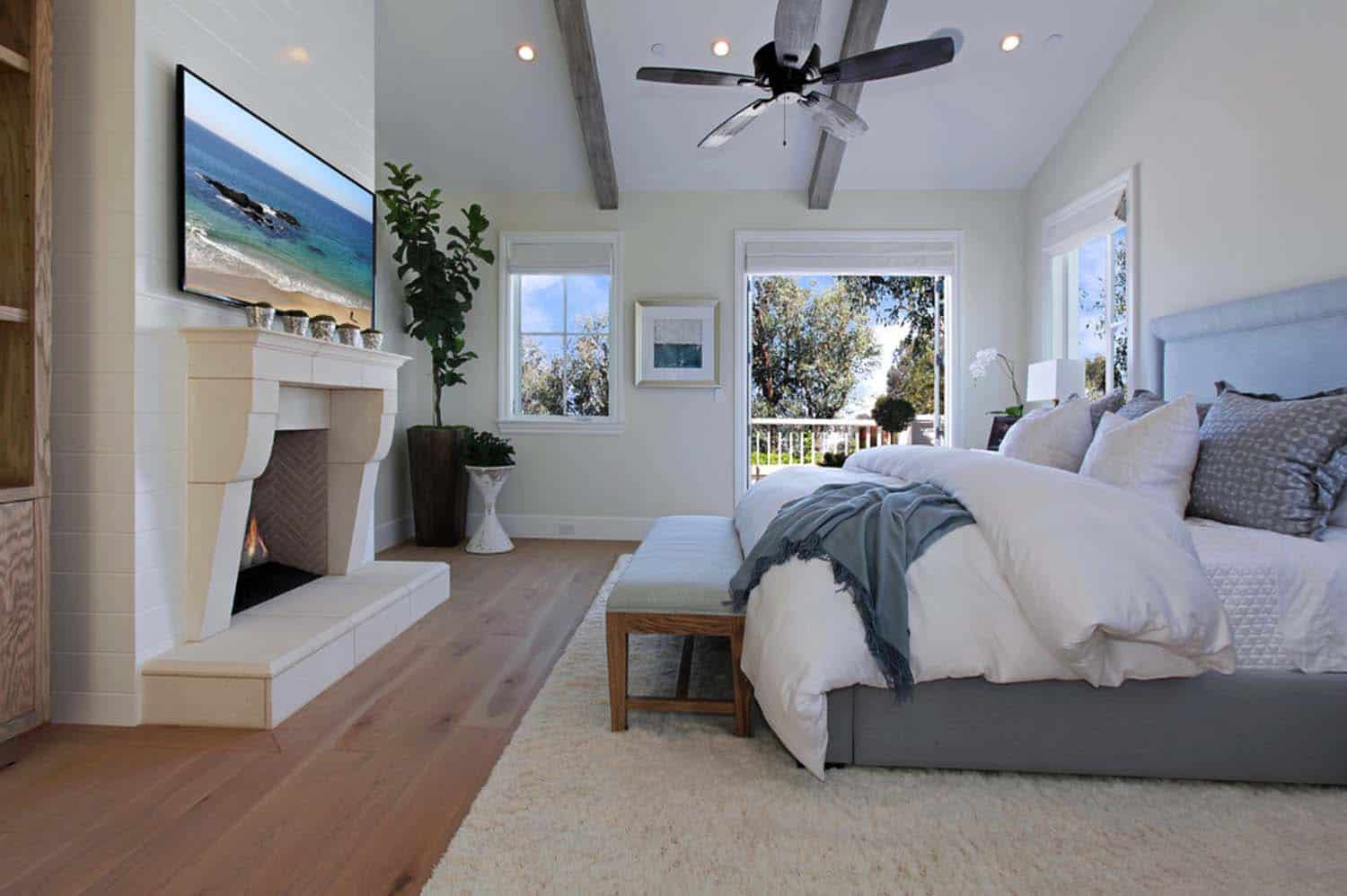 Beach Style Home-Patterson Custom Homes-11-1 Kindesign