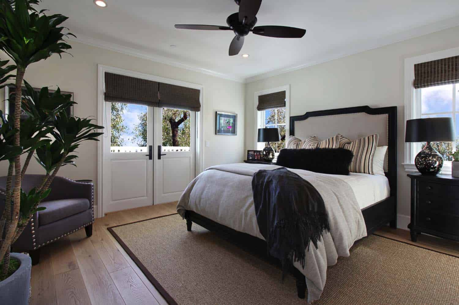 Beach Style Home-Patterson Custom Homes-15-1 Kindesign