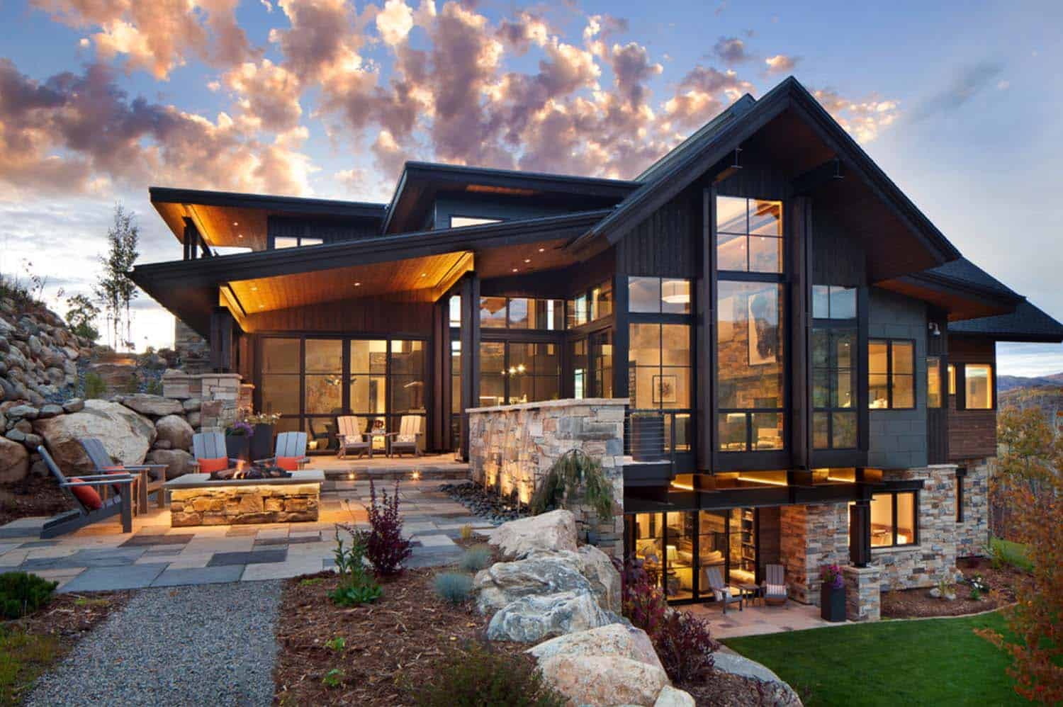 Breathtaking contemporary mountain home in steamboat springs for Mountain lodge home plans