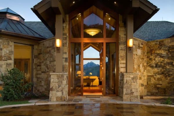 featured posts image for Gorgeous mountaintop home with captivating views over Aspen