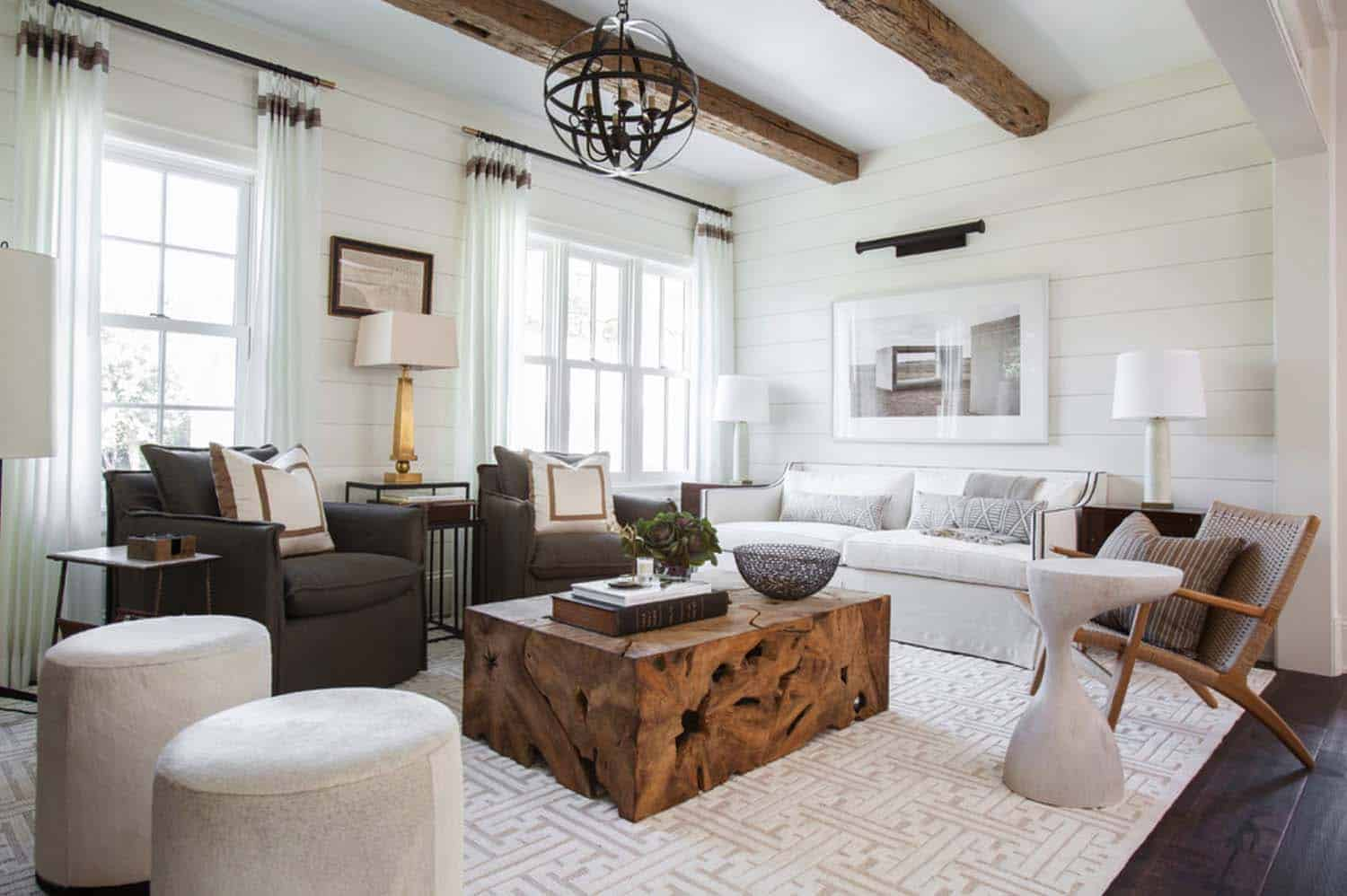 Cottage Style Guest House-Marie Flanigan Interiors-02-1 Kindesign