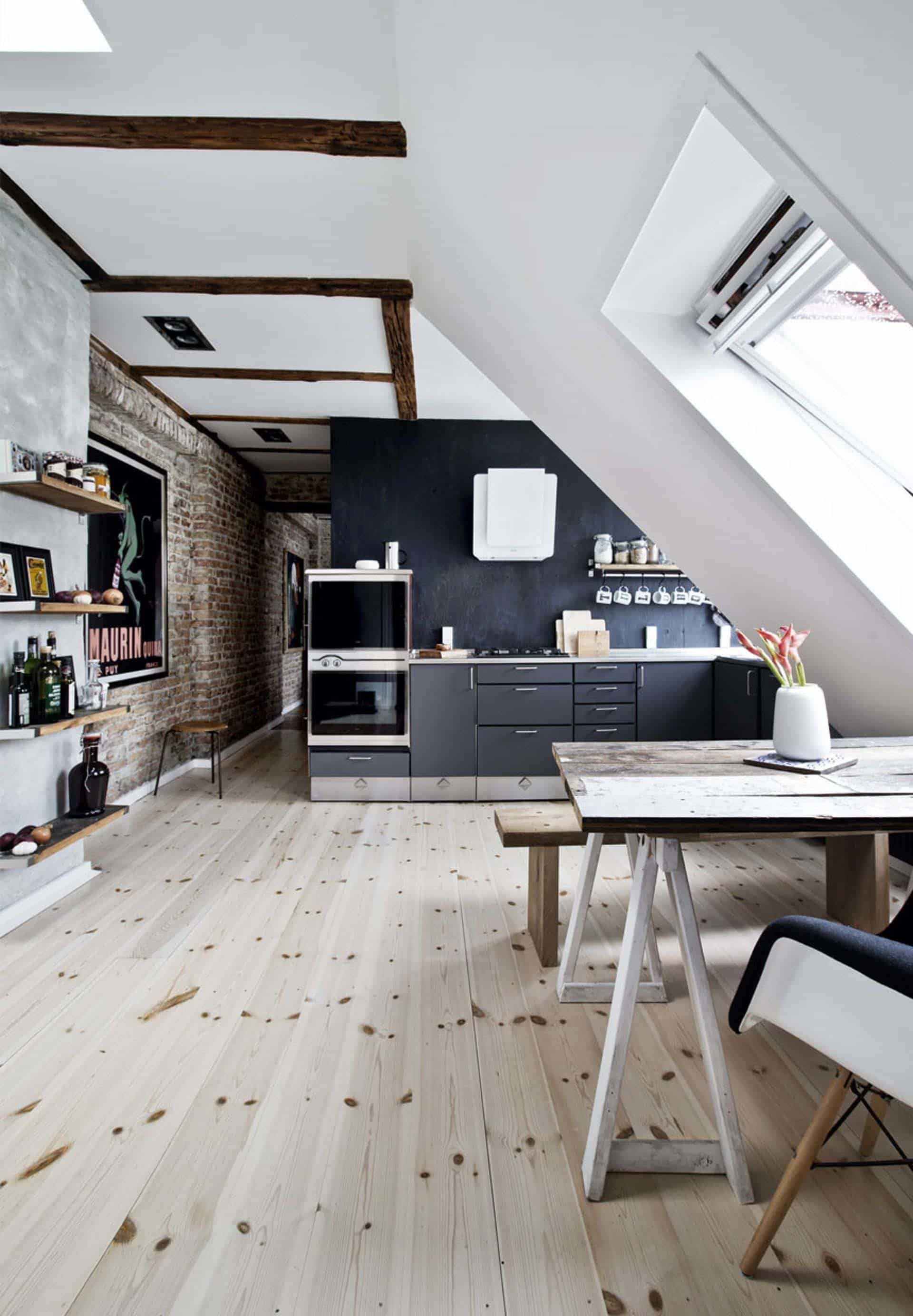 historic-apartment-renovation-08-1-kindesign