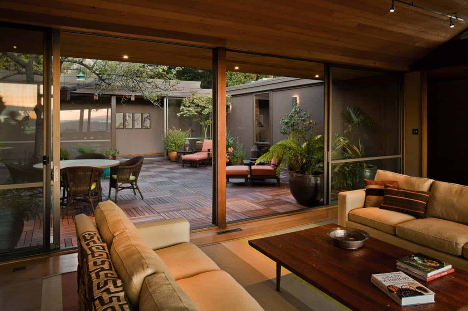 Mid-century modern remodel in California with a central ...