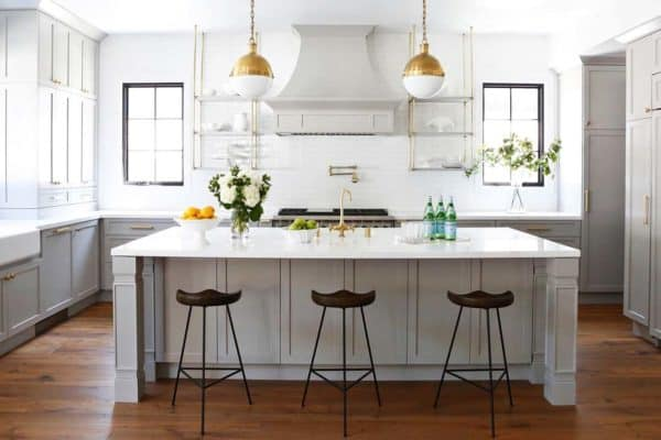 featured posts image for Modern farmhouse style home in California with glamorous elements