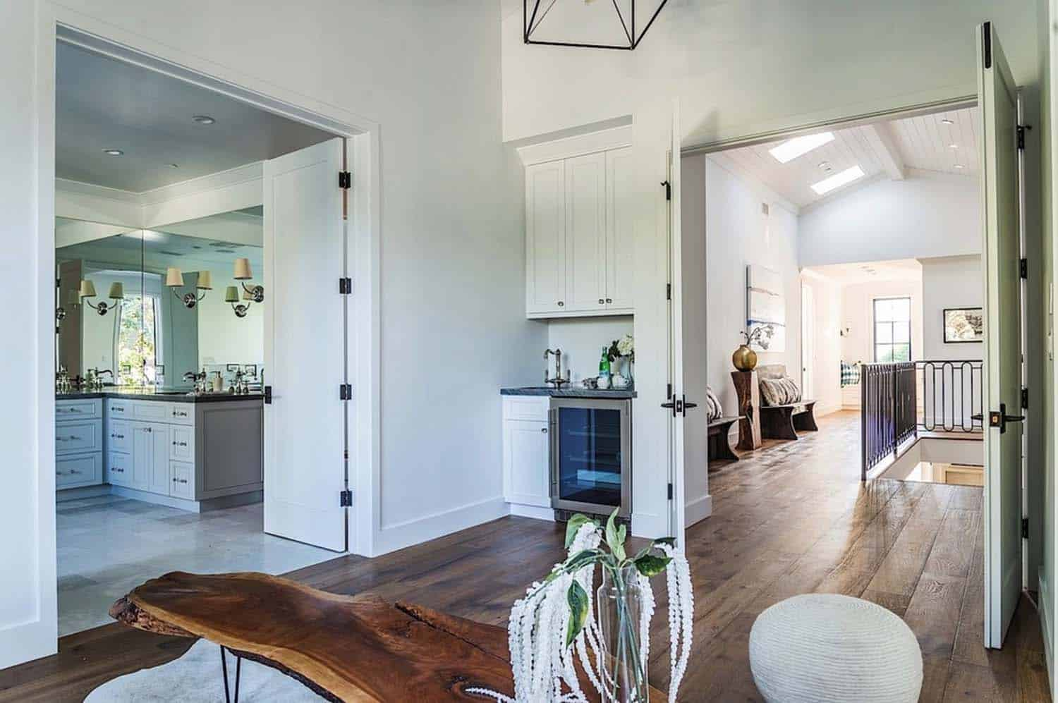 Modern Farmhouse Style-Boswell Construction-17-1 Kindesign