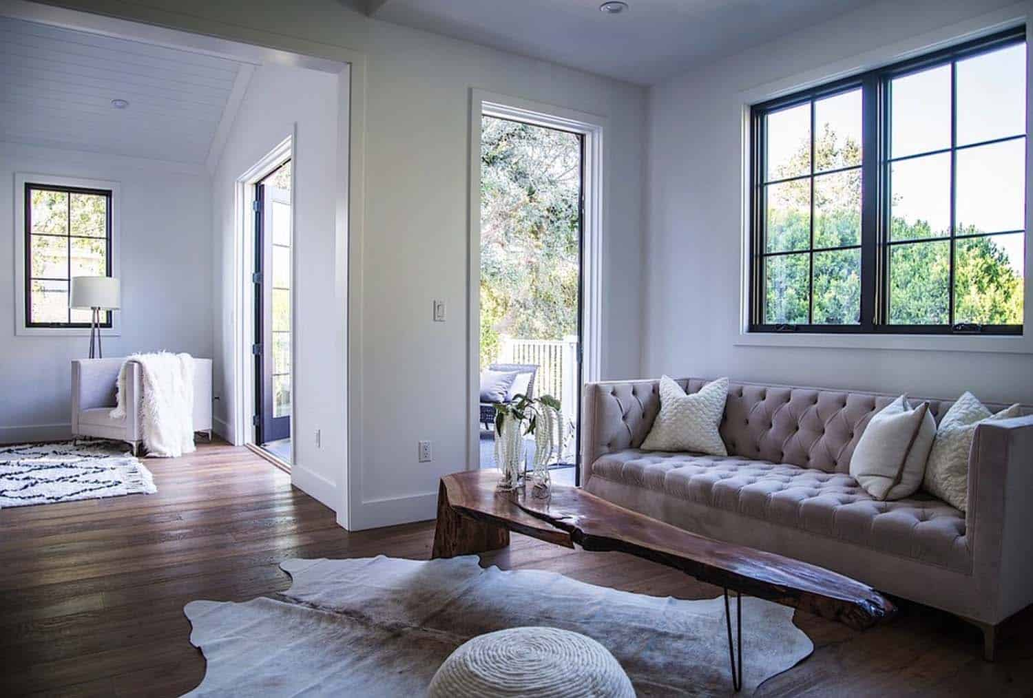 Modern Farmhouse Style-Boswell Construction-18-1 Kindesign
