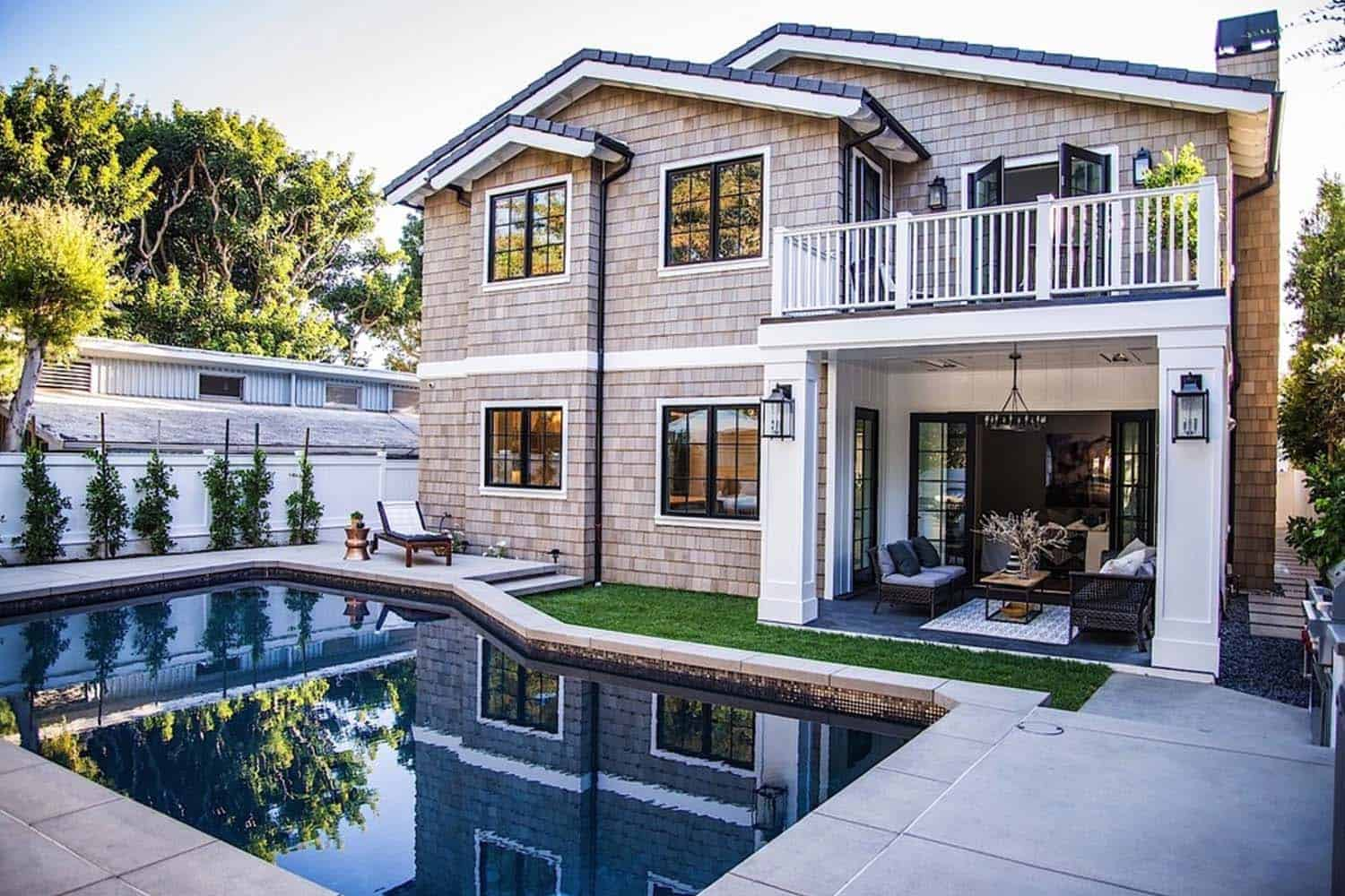 Modern Farmhouse Style-Boswell Construction-31-1 Kindesign