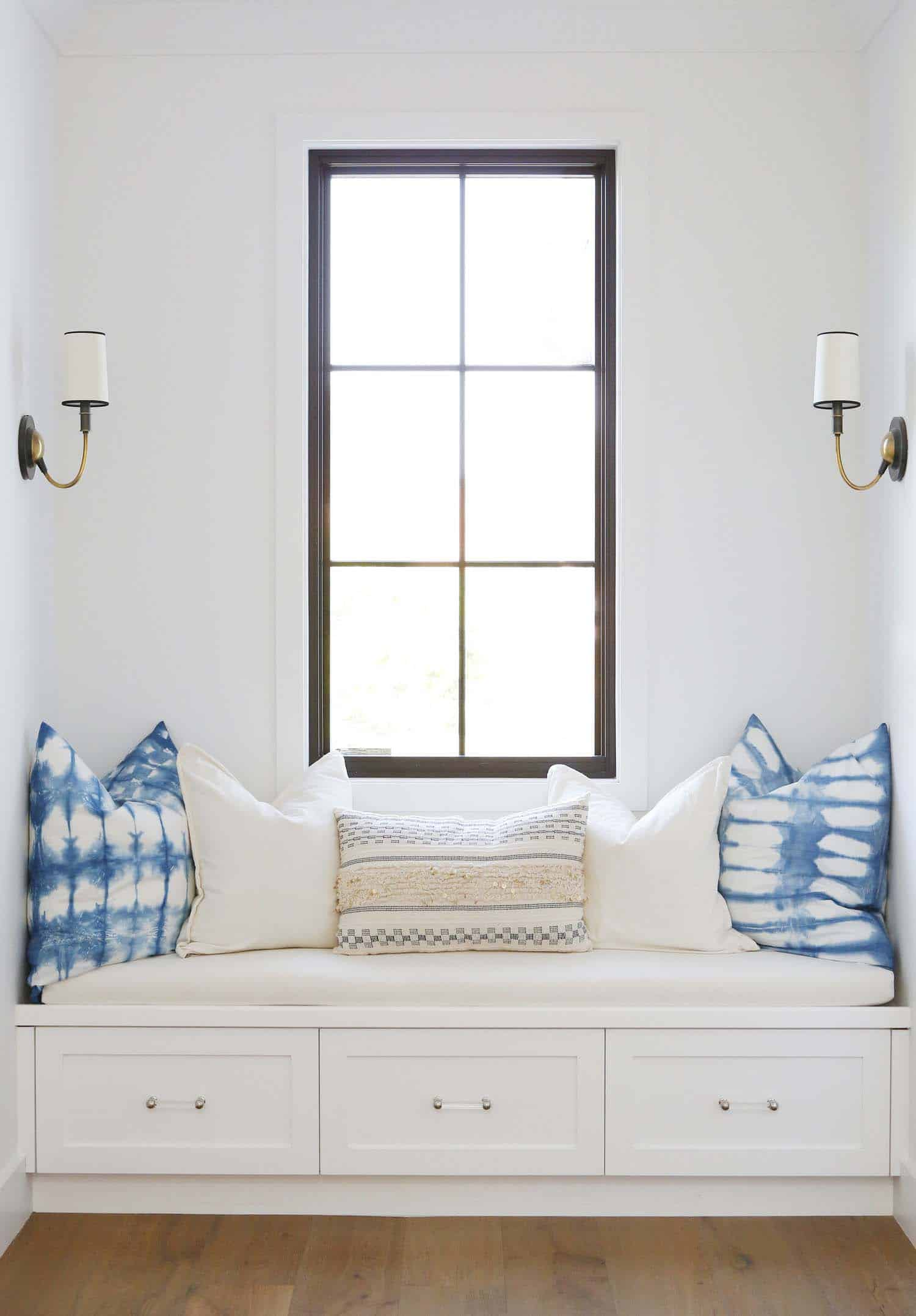 Modern Farmhouse Style-Boswell Construction-35-1 Kindesign